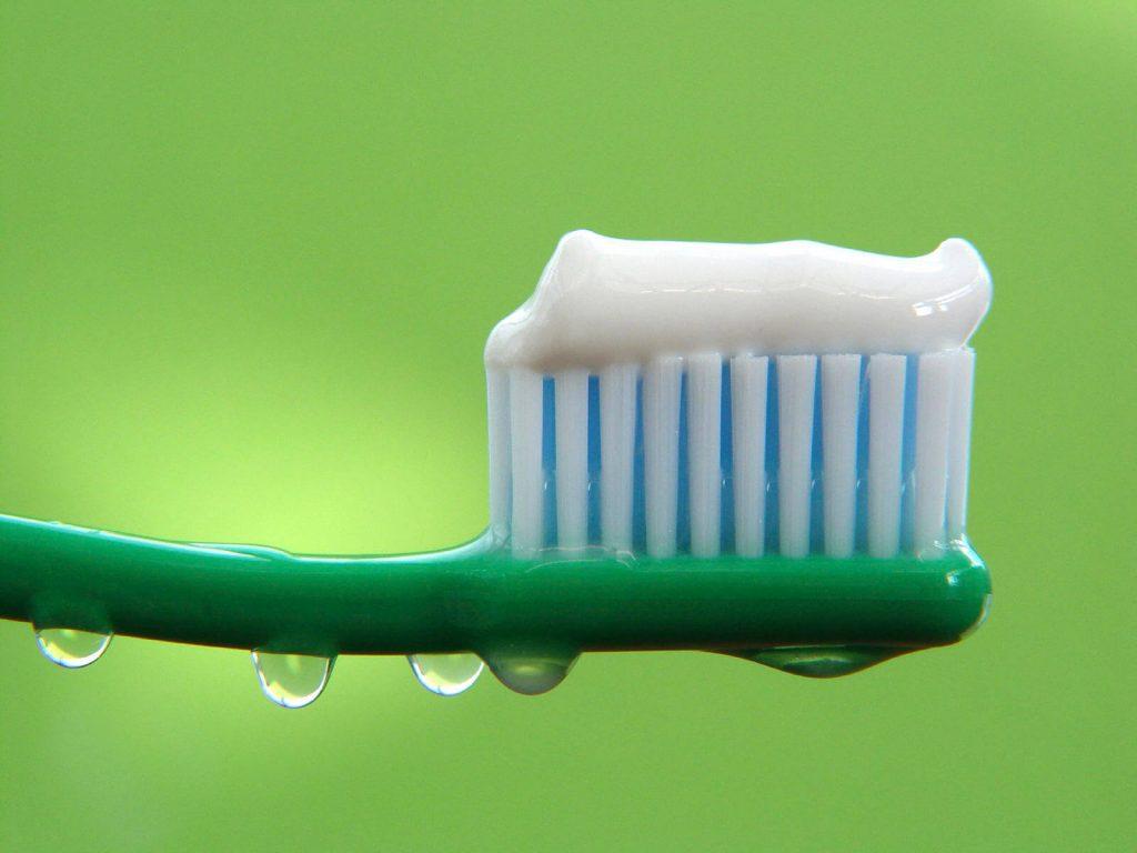 Делаем зубную пасту